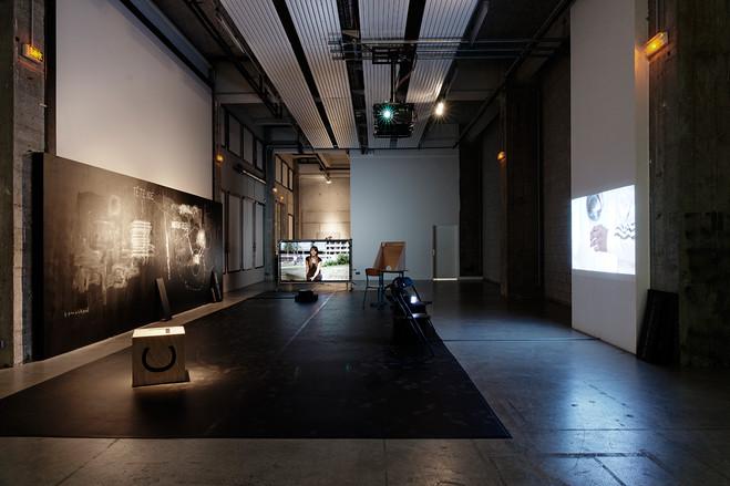 Solos des danseurs Madeleine Fournier et Joao Fernando Cabral - Bétonsalon - Centre d'art et de recherche