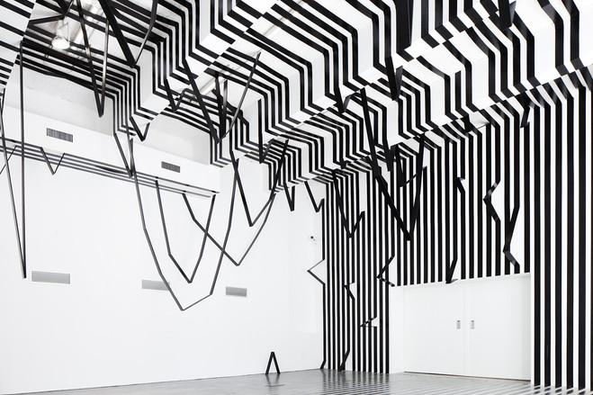 Esther Stocker - Galerie Alberta Pane