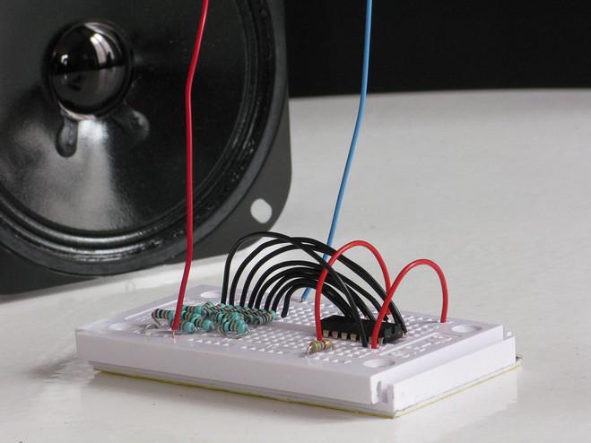 Bzzz! Le son de l'électricité - Plateforme