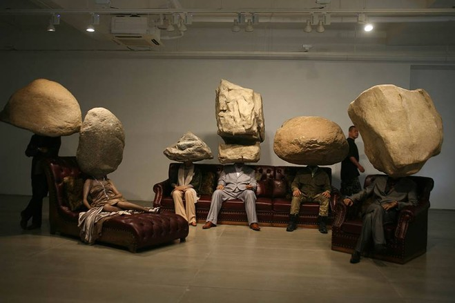 Sun Yuan & Peng Yu - Emmanuel Perrotin – Saint Claude Gallery