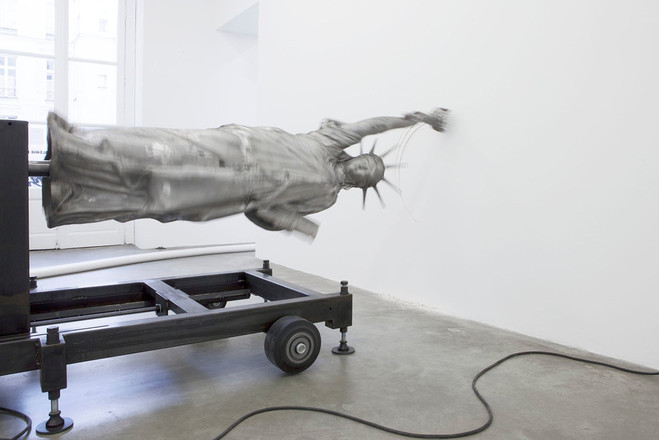 Michael Sailstorfer - Emmanuel Perrotin Gallery