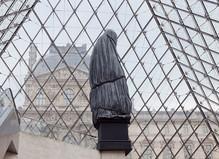 Loris Gréaud - Le Louvre