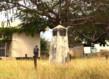 Jeu de paume kapwani kiwanga maji maji monument lindi tanzanie grid