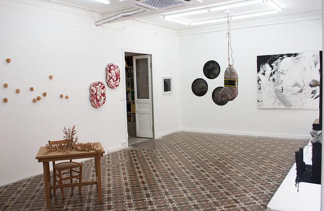 Je préfère être seule qu'avec personne - Galerie Espace à vendre