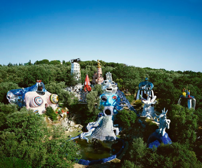 Niki de saint phalle les galeries nationales du grand for Plus grand jardin de paris
