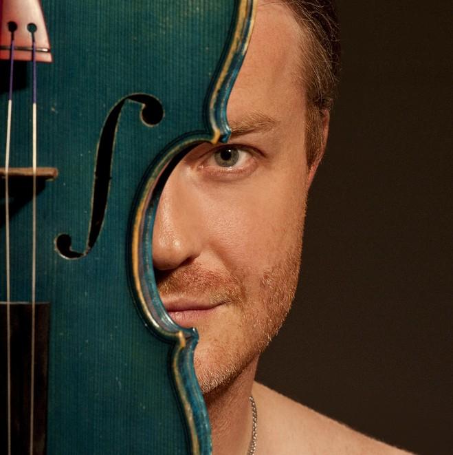 Pavel Šporcl joue Bach - Centre culturel tchèque