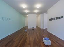 Claude Rutault / Allan McCollum - Mfc – Michèle Didier Gallery