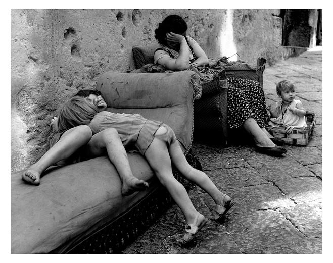 Le monde de Sabine Weiss - Les Douches la Galerie