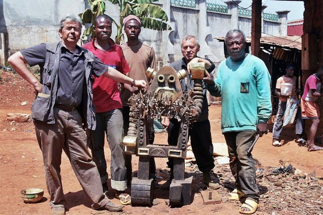 Projection Sous le premier baobab de Pierre Schwartz - La Maison rouge