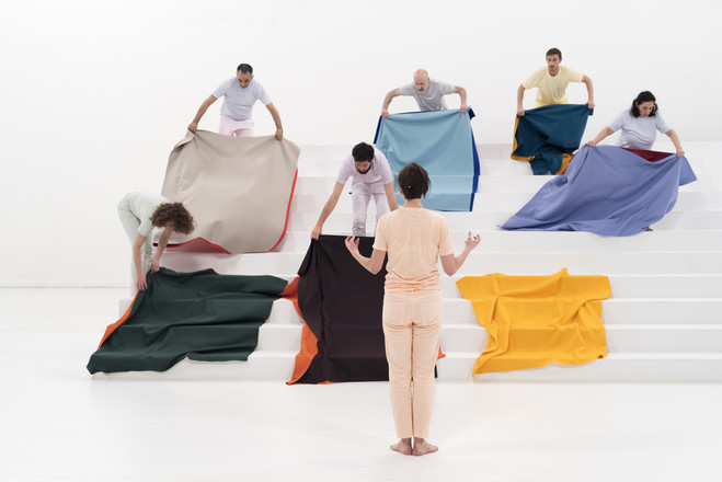 Doublures. Un art à porter et à danser - Micro Onde — Centre d'art contemporain de l'Onde
