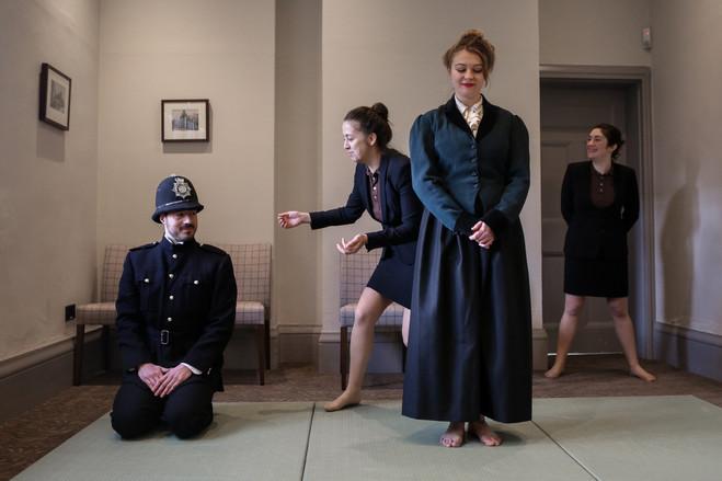 Performance de Louise Hervé & Chloé Maillet - Le Crédac