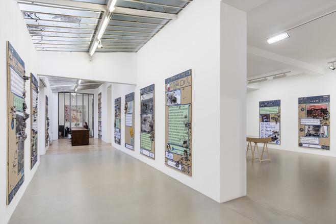 Thomas Hirschhorn - Galerie Chantal Crousel