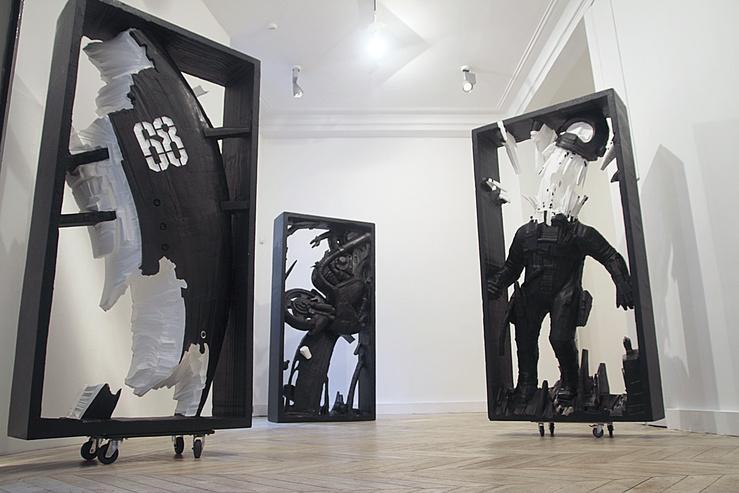 Vue de l'exposition Foolishness, 2011