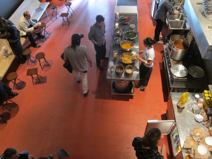 Rirkrit Tiravanija, Soup/No soup, 2011