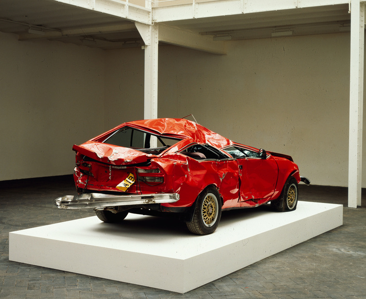 Bertrand Lavier, Giulietta, 1993 — Automobile accidentée