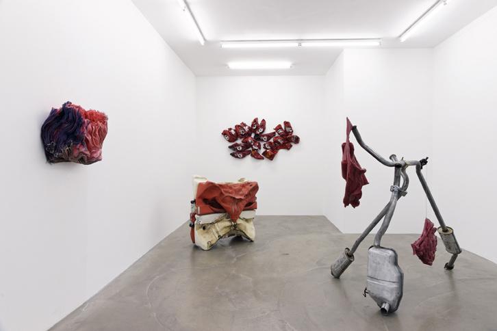 Anita Molinero, vue de l'exposition La Fiancée du pirate à la galerie Alain Gutharc