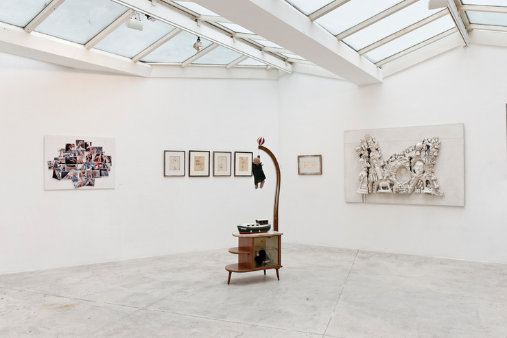 Vue de l'exposition «Exquisite Corpse», Galerie GP & N Vallois, Paris (22/03/13 — 11/04/13)