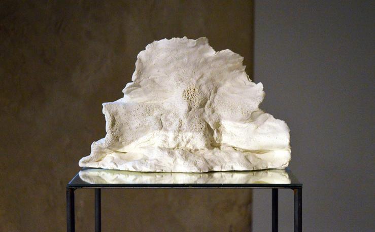 Anna Tomaszewski, Ensemble d'accords, 2013 (Détail)—Vue de l'exposition Jeune Création 2013 au 104, Paris