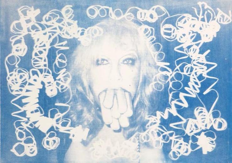 Thomas Mailaender, Sausages, 2013—Rayogramme de serpentins confettis et négatif papier, procédé cyanotype sur papier arches, 75 x 105 cm