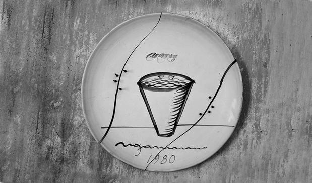 Nbfaience  agrafes   1980   diam 80 cm medium