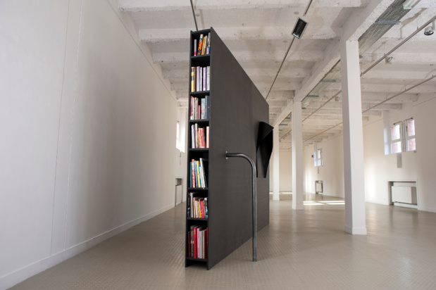 Galerie jean collet deux pieces meublees alexandra sa the almost flat library medium