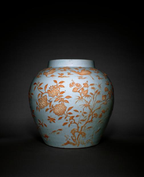 Musee guimet sublimes matieres jarre a decor de fleurs medium