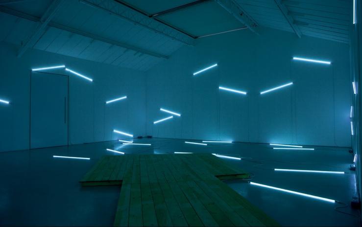François Morellet, Pier and Ocean, 2014—En collaboration avec Tadashi Kawamata, vue d'exposition «François Morellet, c'est n'importe quoi ?», kamel mennour (6, rue du Pont de Lodi), Paris