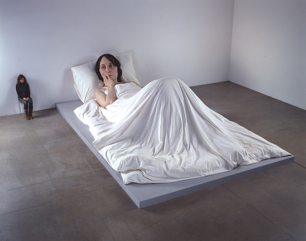 Mueck   in bed  a  300 dpi medium