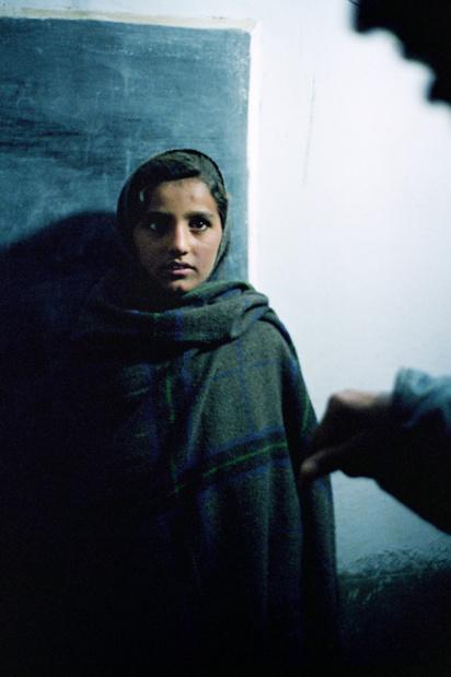 Maison europeenne de la photographie marie paule negre femmes en resistance ecole de la nuit rajasthan inde 2002 medium