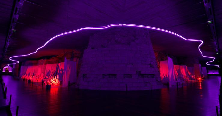 Claude Lévêque, Sous le plus grand chapiteau du monde (partie II), Musée du Louvre