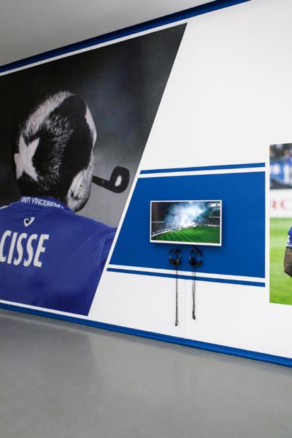 Musee art moderne paris  co workers none futbol club medium