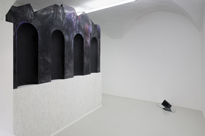 Vue de l'exposition Indeterminate Chymistry, Galerie In extenso, Clermont-Ferrand, 2015 Commissaire : Annabel Rioux
