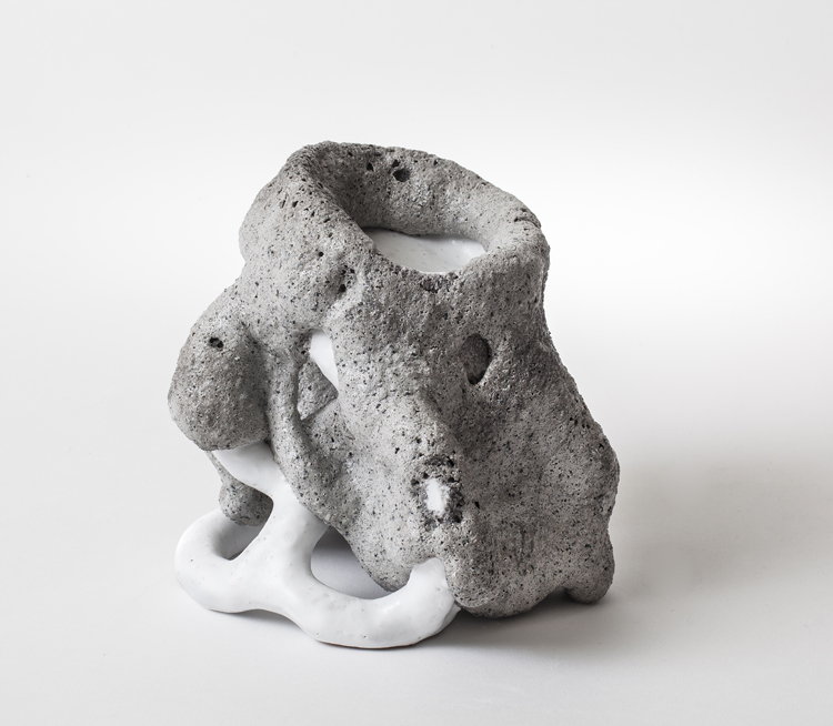 Web k64260   grey white species no 1557 17x18x17 stoneware and glaze 2015 bs original