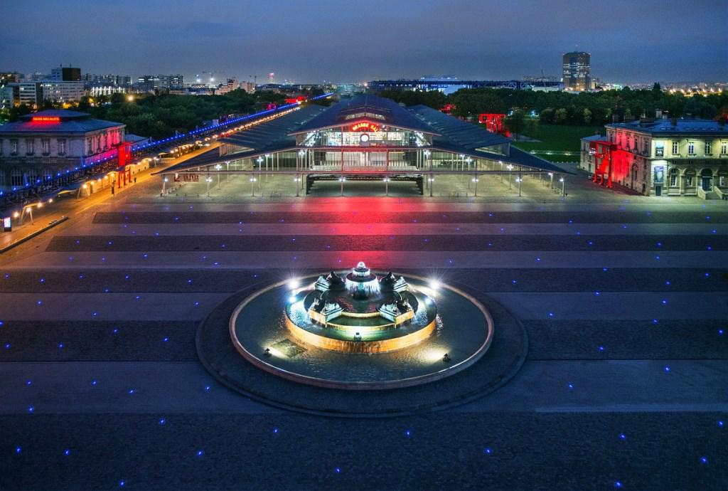 La grande halle de la villette place de la fontaine aux lions de nubie bruno delamain original