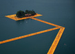 Christo the floating piers 04 grid