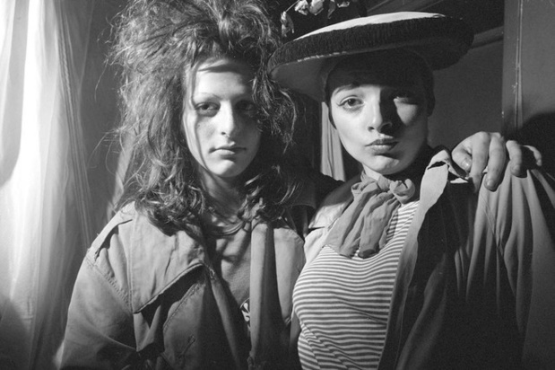 Karen knorr olivier richon nina hagen et ari up serie punk 1977 filles du calvaire large medium