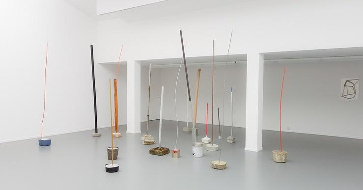 Vue de l'exposition Silvia Bächli Eric Hattan, Situer la différence, centre culturel suisse, Paris
