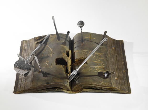 Fiac 2017 paris antoni tapies llibre i coberts 1996 jpg medium
