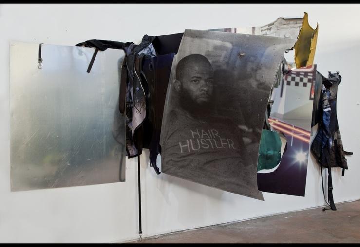 Mohamed Bourouissa, Demain c'est loin, 2017—Tirages argentiques couleur et noir et blanc sur plaques de métal, carrosserie, peinture, aérosol, vernis, couvertures et sangles