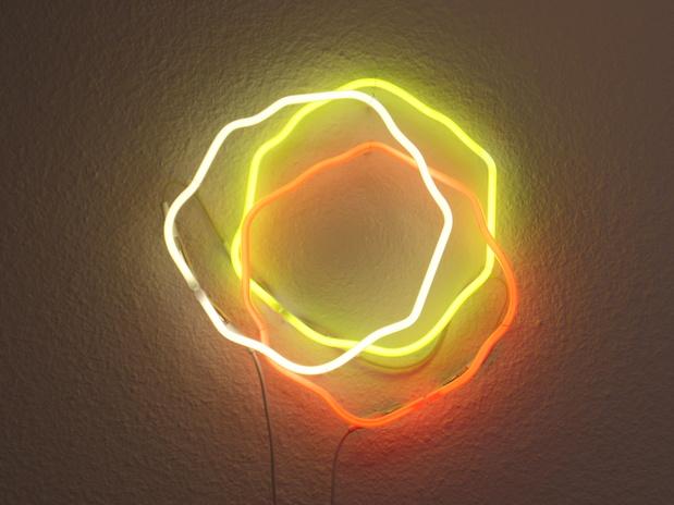 Neons 1 medium