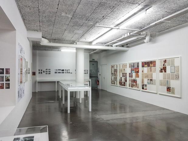 Le plateau exposition paris study scarlet cosey fanni tutti 13 1 medium