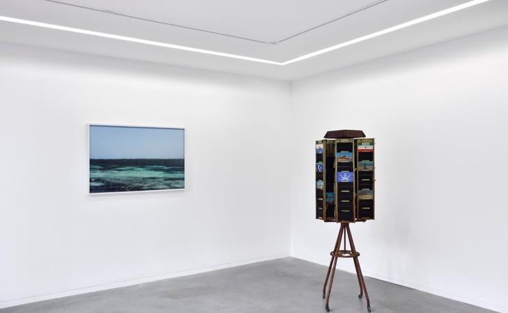 Vue de l'exposition Louis-Cyprien Rials, Par la fenêtre brisée, commissariat : Aurélie Faure, galerie Éric Mouchet, Paris, 2019