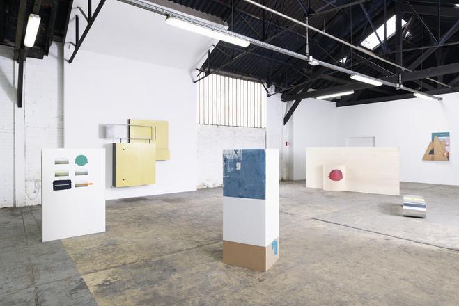 Vue de l'exposition «En double aveugle», Les instants chavirés, Montreuil, 2019