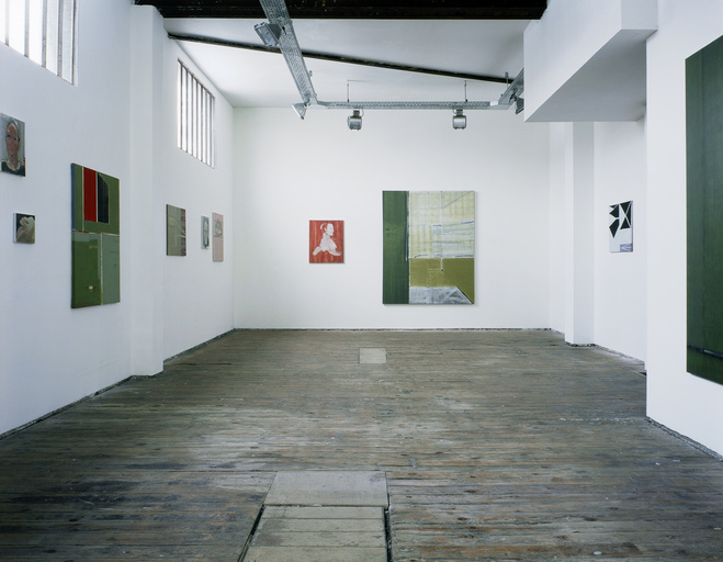 Vue d'exposition «Un regard sur Bernard Gaube», galerie porte 11, 2004