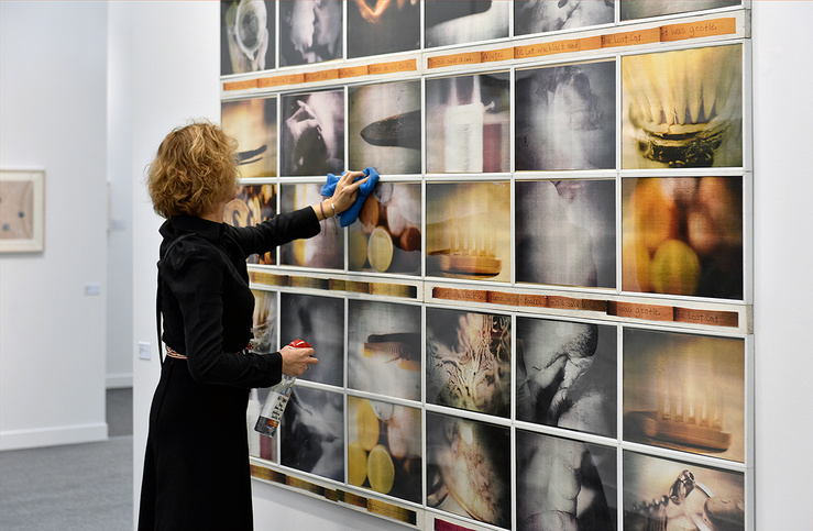Paris-Photo 2019, Carolee Schneeman, Saw Over Want, 1980