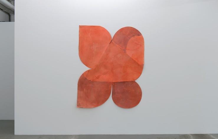 Vue de l'exposition Vincent Hawkins, Growing a Soul, L'ahah, Moret, 2019