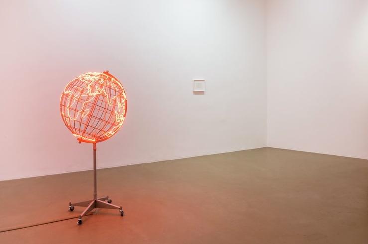 Mona Hatoum, vue de l'exposition à la galerie Chantal Crousel, Paris, 2019