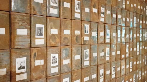 Christian boltanski centre pompidou exposition paris critique beaubourg 14 1 medium