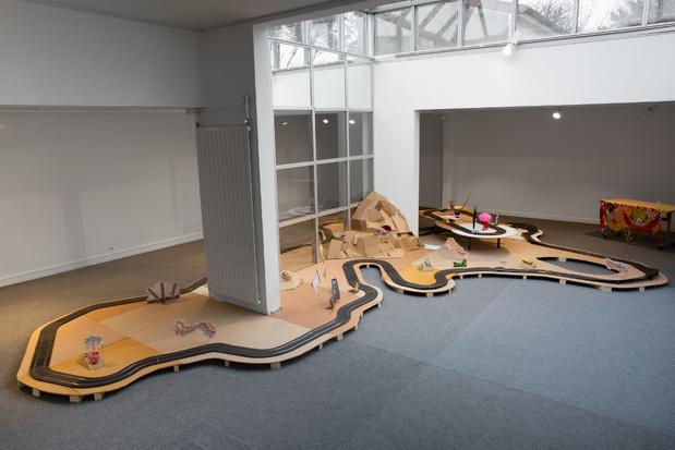 Jay tan centre art contemporain chanot clamart 4 1 medium
