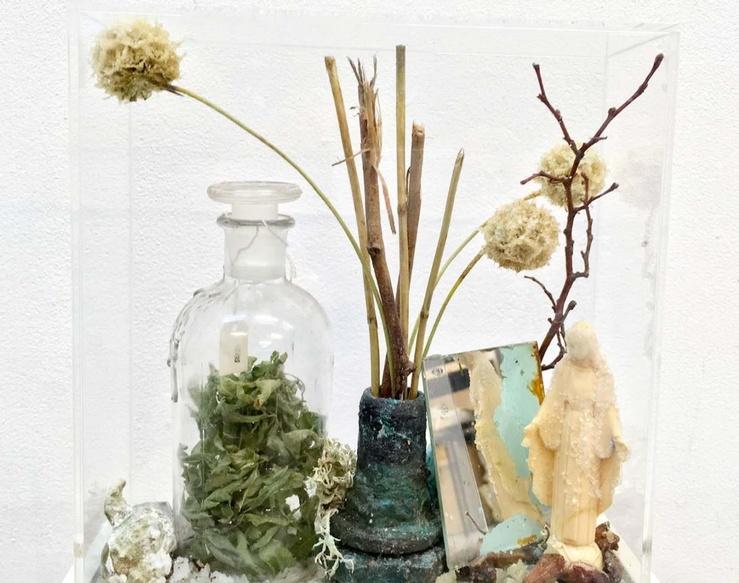 Bianca Bondi, Bloom (Cleromancy), 2018 (Détail)—23 x 23 x 10 cm—pièce unique plexiglass, cuivre, sel, solutions chimiques, technique mixte